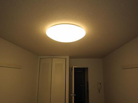 照明、電球色