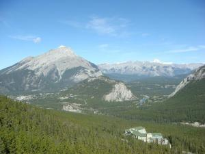 banff springs hotel and rimrock