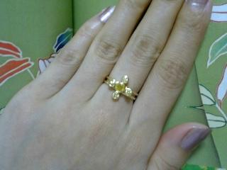 イエロー・サファイアの指輪