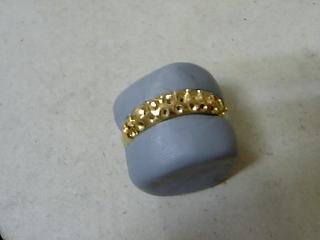 指輪にセット。