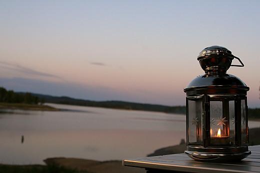 夕暮れの朱鞠内湖