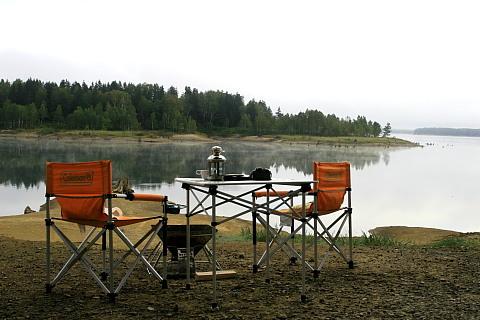 朝の朱鞠内湖
