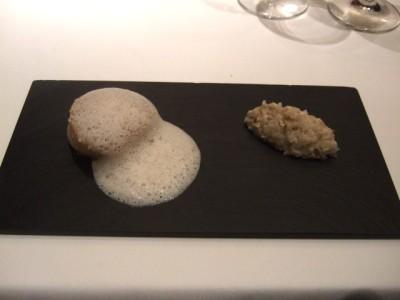 カンテサンス -080615- 03.ブルターニュから連想して 帆立貝と蕎麦の実.jpg