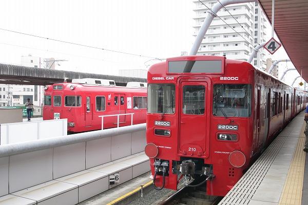 赤い電車・・・?(笑