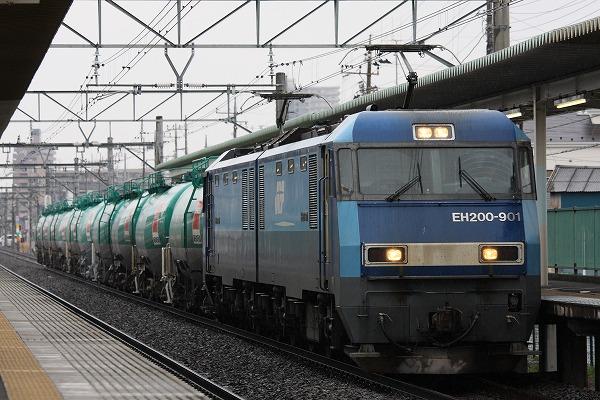 ノーチェックな石油列車。