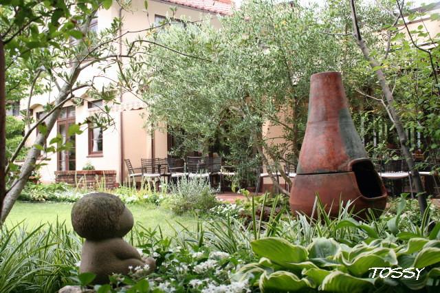 日牟礼ガーデン