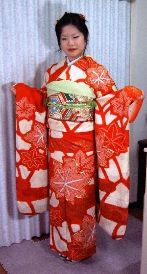 振袖貸衣装紅白2 群馬県高崎市花がたみ着付教室