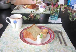 熱心なAyaチャンと☆バニラシフォンケーキ作り♪