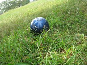 サッカーボール・天の撮影。