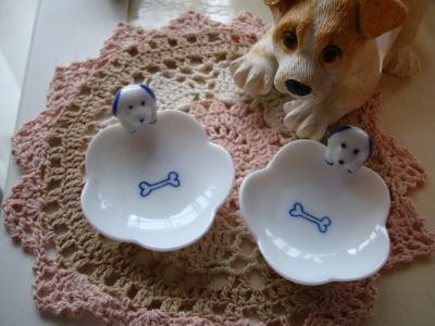 モモミミのお皿?