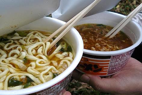 カップ麺バンザイ♪