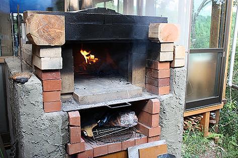 手作りピザ窯♪