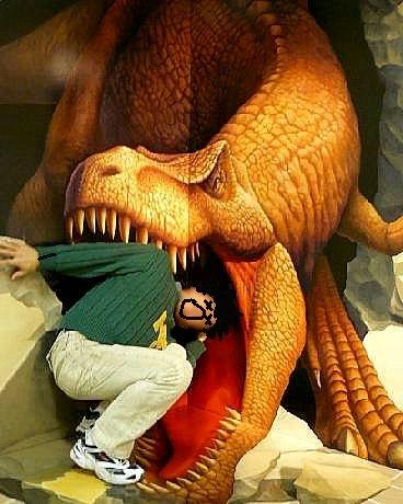 恐竜に食べられた♪