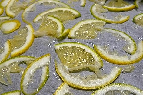 レモンの薄切りと♪