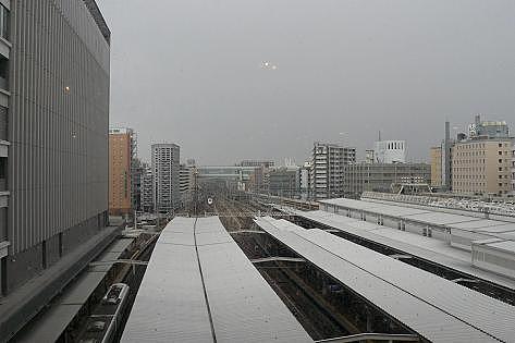 駅を眺めながら♪