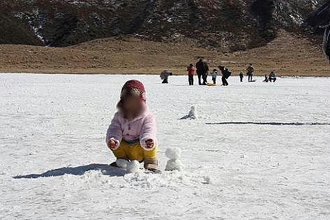 雪だるまと遊んでた♪