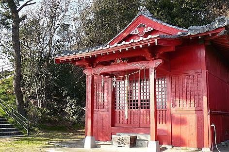 赤い神社♪