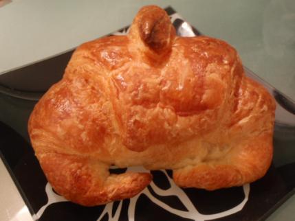 クロワッサンをパン屋好みの基準にしてます