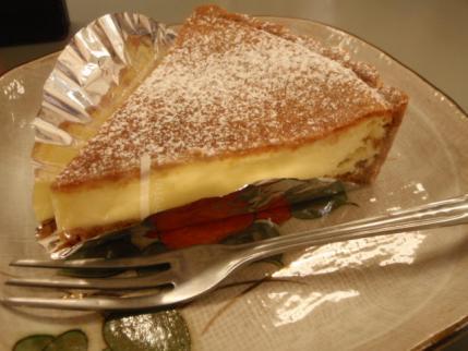 ケーキは全体的に小さいかな