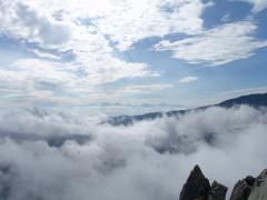 頂上から眺める南アルプス