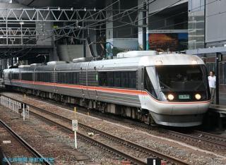 京都駅の ひだ しなの 8