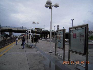 カルトレイン駅