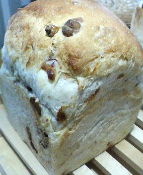 トマトチーズ食パン