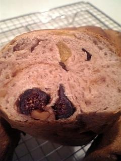 ワインとフルーツのパン断面