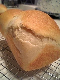 セモリナ食パン