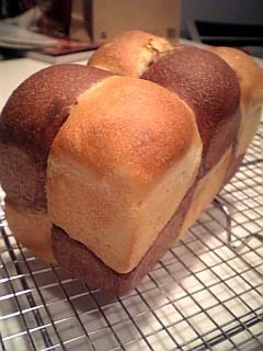 二色食パン
