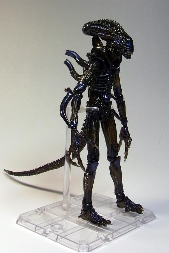 alienw3.jpg