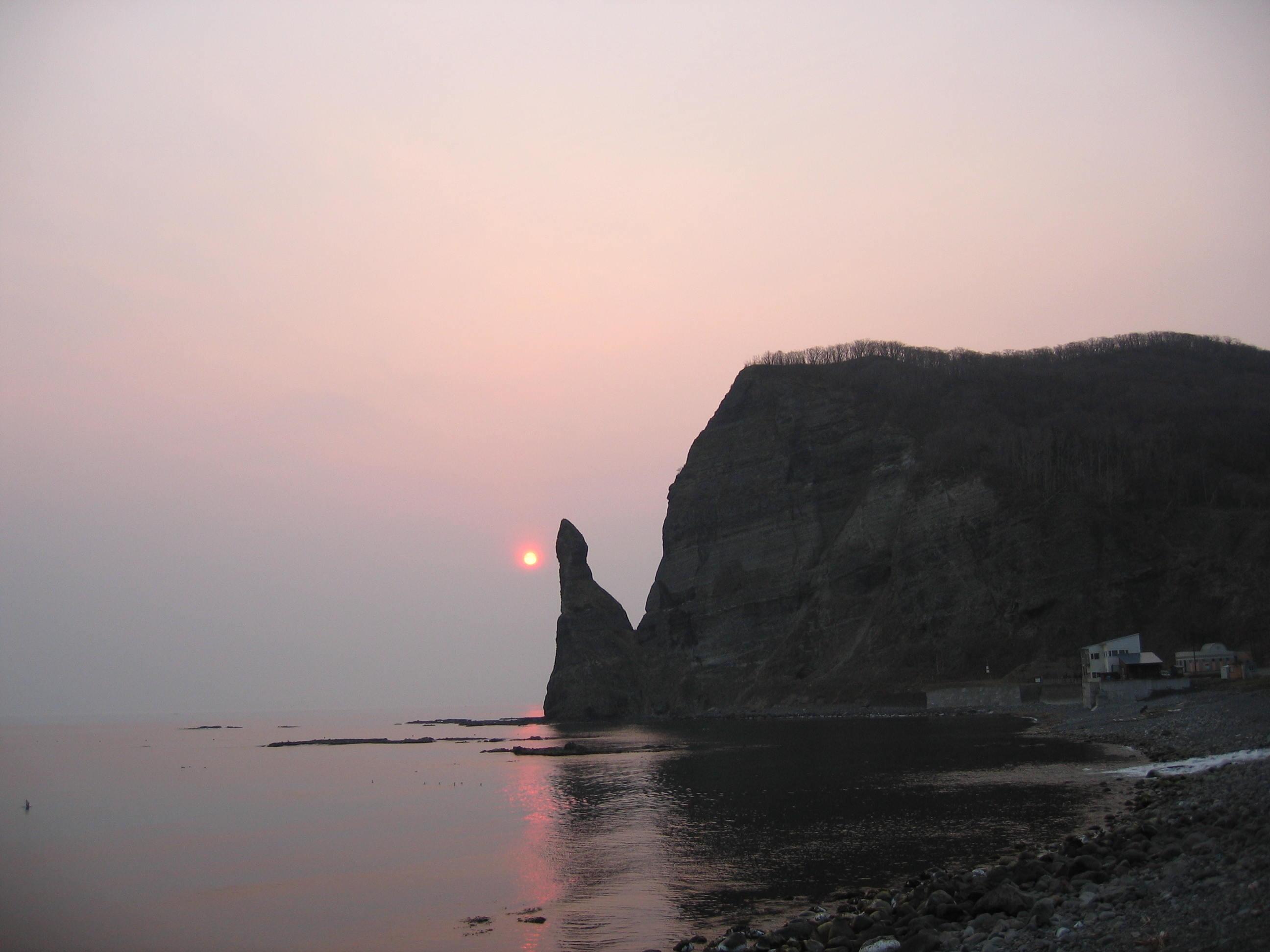セタカムイ岩