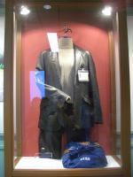 革のコート