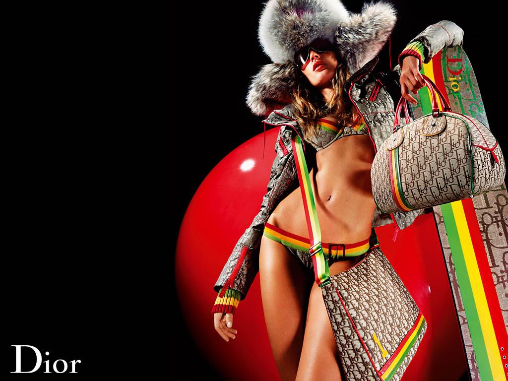 ハイブランドとして名高い「Dior」:どちらかというと女性より男性の方が愛用者の多いイメージのあるハイブランド。