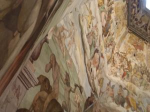 間近の天井画