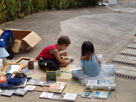 kids-fleamarket.jpg