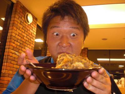 大島コーチの顔が千と千尋にでてた、おいっおいっいってたやつに似てます。