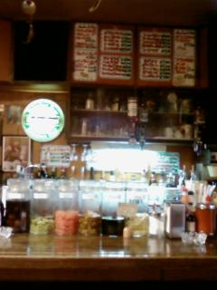 ホットドッグカフェジョンジョンの店内