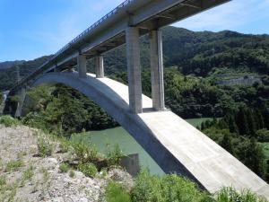 でかい橋である