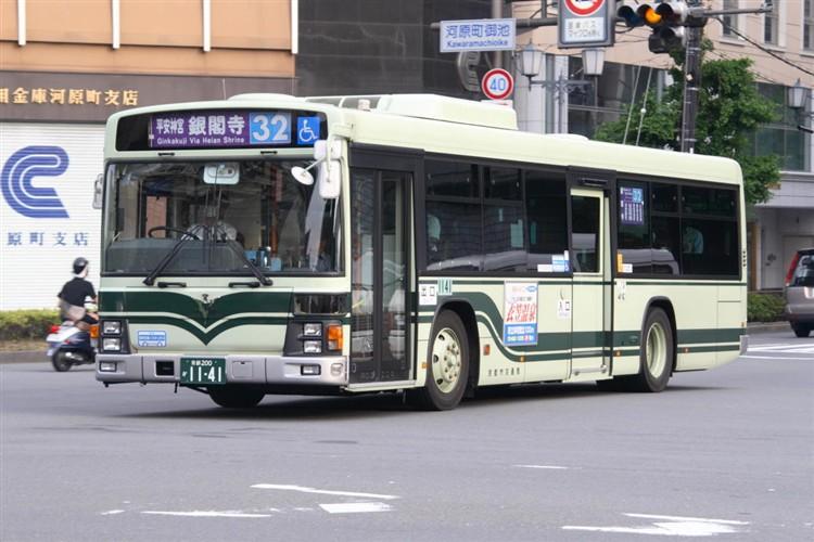 京都市バス 京都200か1141 いすゞPJ-LV234N1