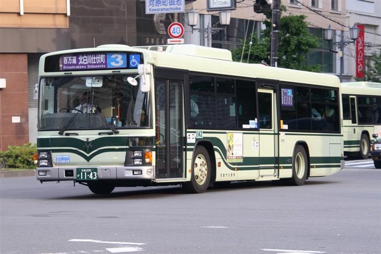 京都市バス 京都200か1143 いすゞPJ-LV234N1
