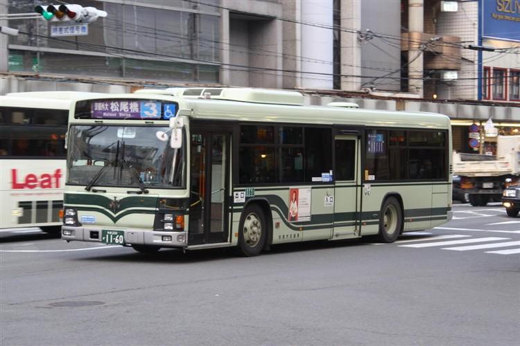 京都市バス 京都200か1160 いすゞPJ-LV234N1