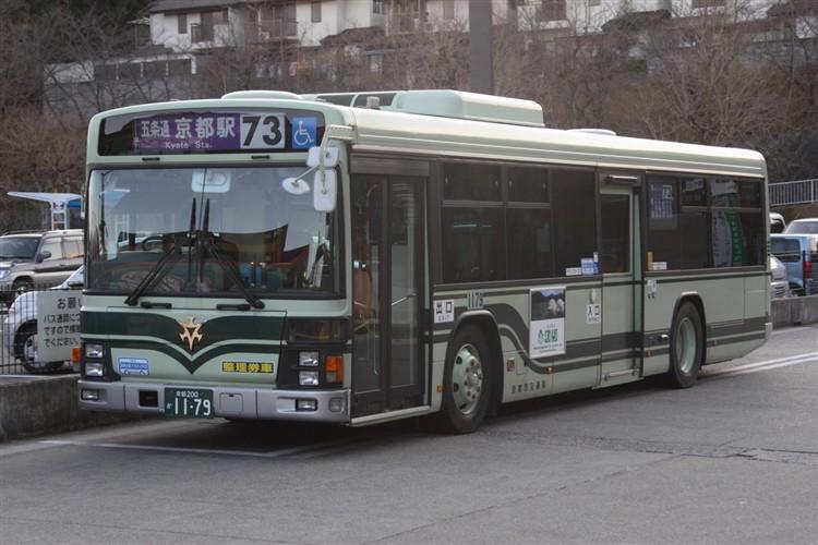 京都市バス 京都200か1179 いすゞPJ-LV234N1