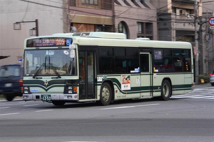 京都市バス 京都200か1253 いすゞPJ-LV234N1