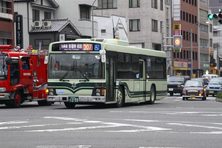 京都市バス 京都200か1255 いすゞPJ-LV234N1