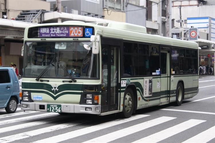 京都市バス 京都200か1256 いすゞPJ-LV234N1