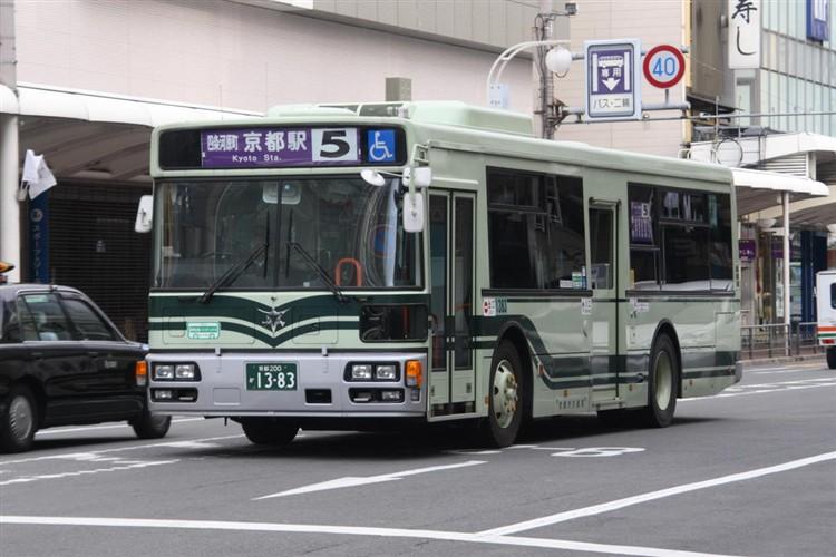 京都市バス 京都200か1383 いすゞPJ-LV234L1