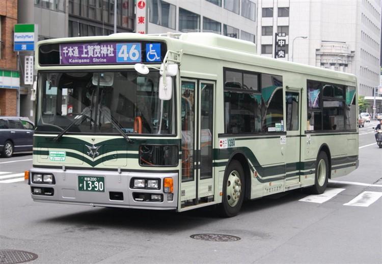 京都市バス 京都200か1390 いすゞPJ-LV234L1
