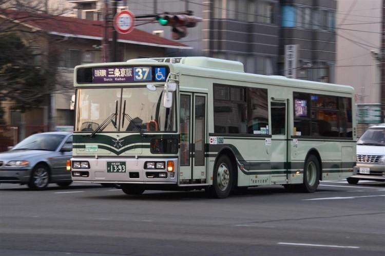 京都市バス 京都200か1393 いすゞPJ-LV234L1