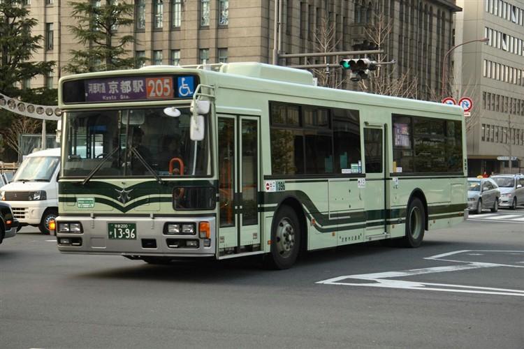 京都市バス 京都200か1396 いすゞPJ-LV234N1